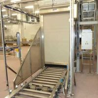 Vertical pallet conveyor / Paletten Etagenlift 05